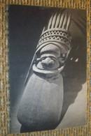 75    -     PARIS MUSEE DE L'HOMME  FAIT DE CASE SCULPTURE OCEANIE NOUVELLE CALEDONIE @ CPA  VUE RECTO/VERSO AVEC BORDS - Musées