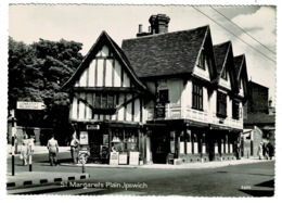 Ref 1322 - Real Photo Postcard - St. Margarets Plain Ipswich Suffolk - Signpost & Shops - Ipswich