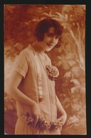 CARTE PHOTO   JOLIE FEMME MOOIE VROUW - Femmes