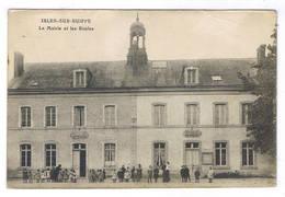 ISLES SUR SUIPPE  LA MAIRIE ET LES ECOLES - France