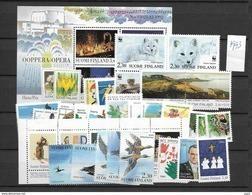 1993  MNH Finland, Year Complete According To Michel, Postfris** - Finlandia