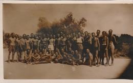 Armée Allemande :  Groupe De Soldats En Maillots De Bain ( Explication - Voir Au Dos ) - Format : 13,5cm X 8,5cm - Guerre, Militaire
