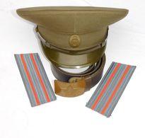 U.R.S.S. RUSSIE SOVIETIQUE  : CASQUETTE + CEINTURON + EPAULETTES - TENUE De CAMPAGNE OFFICIER - Hoeden