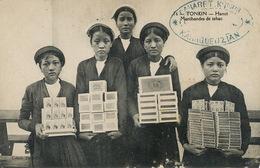 Cararet Karagueuzian Card Witten In Armenian . Tobacco Sellers In Hanoi - Arménie