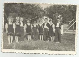 Boys,Girls Pose For Photo Hy445-227 - Anonymous Persons