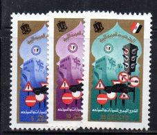 APR2248 - LIBIA LYBIA 1974 , Serie Yvert  N. 513/515  *** - Libia