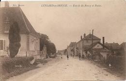 LESSARD EN BRESSE Entrée Du Bourg Et Postes - Sonstige Gemeinden