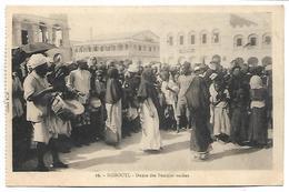 DJIBOUTI - Danse Des Femmes Voilées - Gibuti