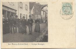 41 - LES MONTILS (Loir-et-Cher)  - Groupe BONNIGAL. CPA Peu Courante. - Autres Communes