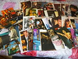 LOT DE 90 CARTES CHANTEURS...ACTEURS...GROUPE ..ARTISTES... - 5 - 99 Postcards