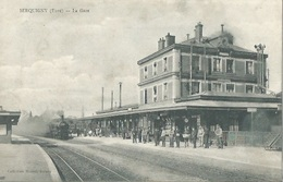 27 CPA SERQUIGNY La Gare Arrivé Du Train - Serquigny