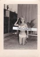 Prostitution Années 1960 - Photo Originale, Carte De Visite Pour Faciliter Les Rendez Vous Avec Mlle Hermosa Dite Gondal - Photos
