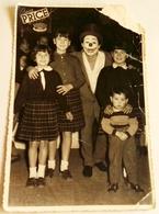 Vieille Photo, Old Photograph, Fotografía Antigua / Prix Du Cirque - Madrid, Enfants Et Clown, Children And Clown - Anonymous Persons