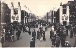 ** Lot De 5 Cartes ** MILITARIA - FETES De La VICTOIRE à PARIS :  Cartes Différentes Dont 3 Sans Légendes - Format CPA - War 1914-18