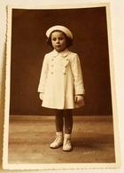 Vieille Photo, Old Photograph, Fotografía Antigua / Portrait En Studio D'une Belle Fille, Portrait Of A Beautiful Girl - Personas Anónimos