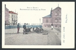 +++ CPA - Côte Belge - Métier - Pêcheur - Racomodage Des Filets De Pêche - Couleur 1902  // - Pêche