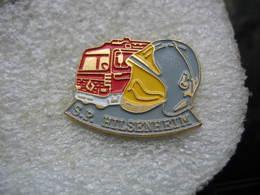 Pin's Des Sapeurs Pompiers De La Ville De HILSENHEIM (Dépt 67) - Bomberos