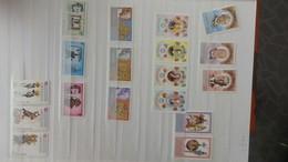 Petite Collection Des GRENADE ** (les 9-1ères Pages Uniquement) Puis Oblitérés (pas Mal En Plusieurs Exemplaires) - Timbres