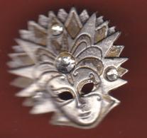 59582- Pin's.masque De Carnaval De Venise.. - Villes