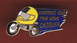 59587- Pin's.moto.casque.assurance.. - Motos