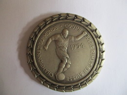 Suisse: Médaille Championnat Du Monde - Coupe Jules Rimet En Suisse Au Nom D'Emile Tramzal - Professionnels / De Société