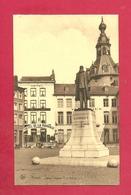 C.P. Namur =  Statue  Léopold Ll  Et  Beffroi - Namur