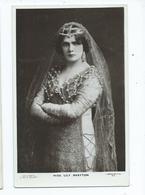 Actress  Postcard Rp Beagles Miss Lily Brayton Unused - Theatre