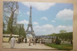 PARIS La TOUR EIFFEL - Anciens Bus Cars De Touristes - Belle Animation - Tour Eiffel