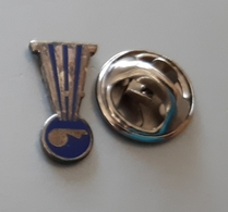 IHF Refere Handball Federation Pin Badge - Balonmano