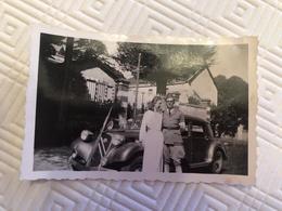 Photo Citroen Traction Militaire Et Jeune Femme - Auto's