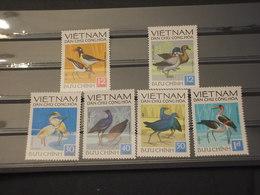 VIETNAM - 1972  UCCELLI  6 VALORI -NUOVI(++) - Vietnam