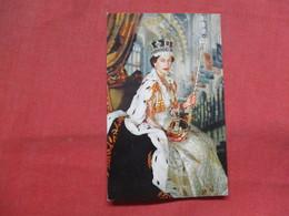 Her Majesty Queen Elizabeth II   Ref    3554 - Royal Families
