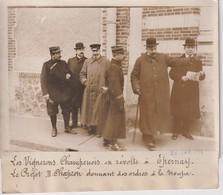 EPERNAY VIGNERONS CHAMPENOIS EN RÉVOLTE PRÉFET M CHAPRON LA TROUPE    18*13CM Maurice-Louis BRANGER PARÍS (1874-1950) - Places