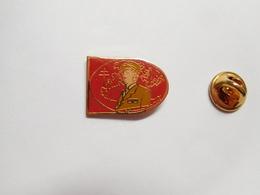Beau Pin's , Armée Militaire ,  Croix De Lorraine , Général De Gaulle - Militaria