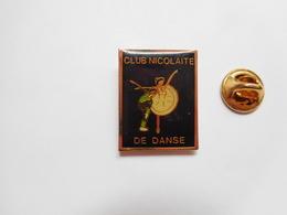 Beau Pin's , Club Nicolaite De Danse à Saint Nicolas De La Grave , Tarn Et Garonne - Villes