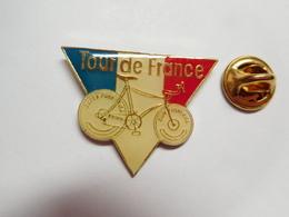 Beau Pin's , Cyclisme Vélo , Tour De France , Super Funny Bike - Cyclisme