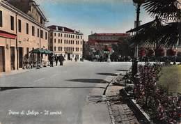 """0708 """"PIEVE DI SOLIGO - IL CENTRO"""" ANIMATA. CART. ILL. ORIG. SPED. 1961. - Italia"""