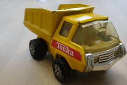 Tonka Toy , Tonka Big Dump Truck , Made In Japan, 1970's *** - Dinky