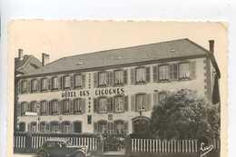 ABRESCHVILLER  Hotel Des Cigognes. Citroën Traction - France