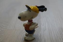 Vintage FIGURE : United Feature Peanuts Snoopy Athletics - 1966 - RaRe  - Figuur - Non Classés