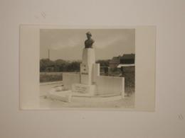 Tamines Monument Roi Chevalier - Sambreville
