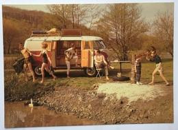 (868) Volkswagen - Kinderen Spelen Cowboy En Indiaan - Een Koppeltje Gaat Zwemmen - P.A.R.C.-Archiv-Edition - Publicité