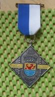 Medaille :Netherlands  -  N.W.B Meerdaagse Tocht 30-40-50 Km. / Vintage Medal - Walking Association - Nederland