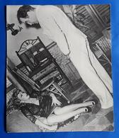 """MARLENE DIETRICH Im Kino-Film """"Das Haus Der Sieben Sünden"""" # Altes Pressefoto, Ca. 21 X 25 Cm # [19-630] - Berühmtheiten"""