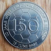 3223 Vz 10 Jaar Willebroek - Meerhof'r Jeugd 15 Juni 1982 - Kz F.C. Meerhof Willebroek 10 Jaar Jeugd K.B.V.B. - Jetons De Communes