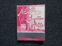 Pochette D'allumettes Ancienne Restaurant Millerr's Broadway Et Fulton Street - Cuisinier Toque Cheminée Illustrateur - Matchboxes