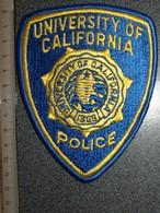 ECUSSON TISSUS   POLICE   US     UNIVERSITY   OF CALOIFORNIA - Scudetti In Tela