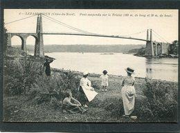 CPA - LEZARDRIEUX - Le Pont Suspendu Sur Le Trieux, Animé - Autres Communes