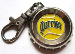 JETON DE CADDIE PORTE-CLEFS PERRIER BALLE DE TENNIS - Kleding, Souvenirs & Andere