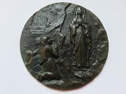 324 - Plaque Bronze à Patine Verte -Vierge Marie & Bernadette à La Grotte - Lourdes - Bronzes